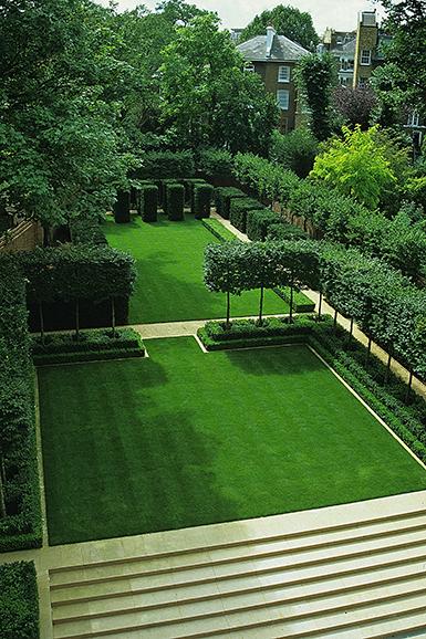 Luciano giubbilei timeline for Formally designed lawn