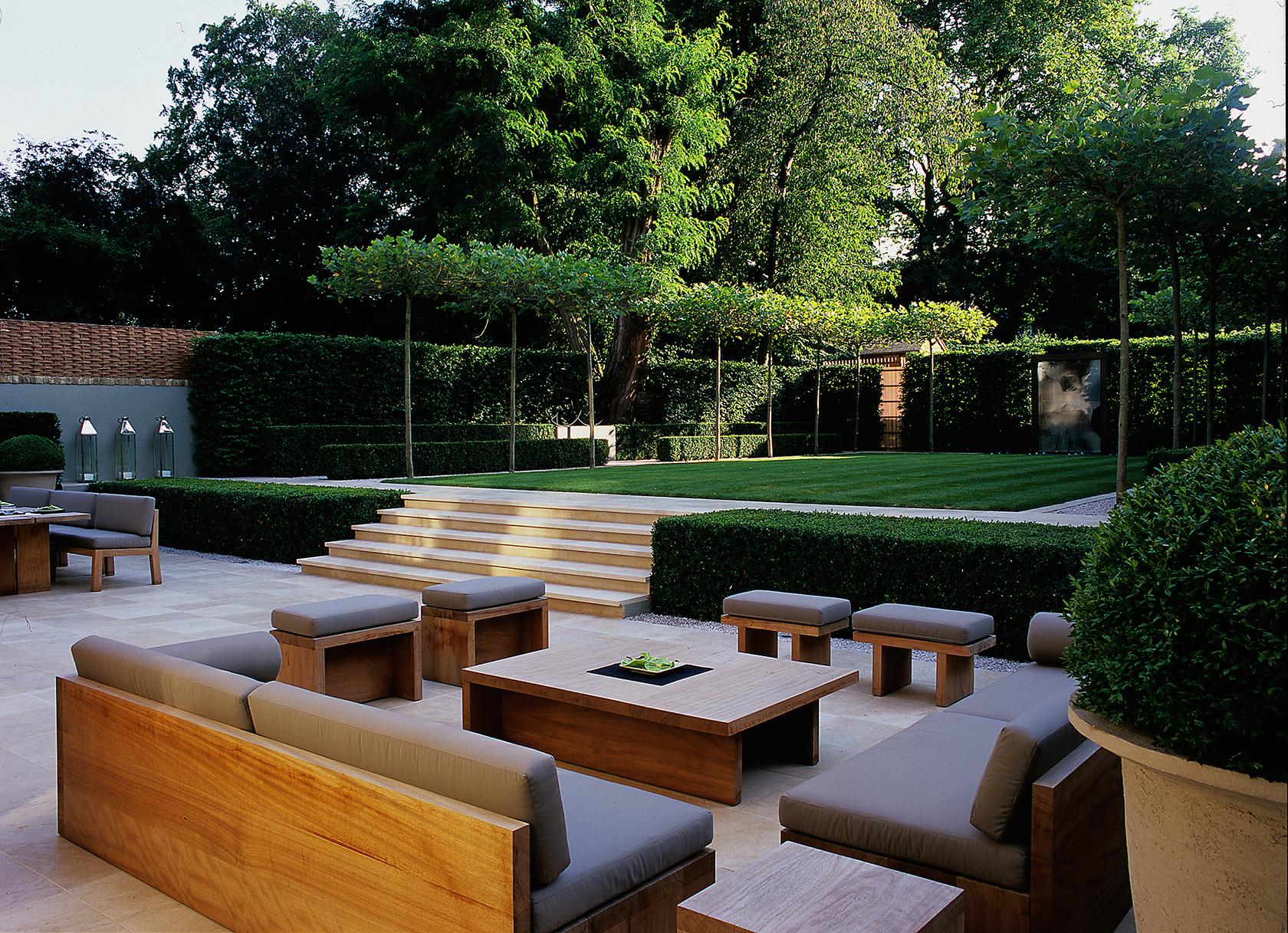 Luciano giubbilei addison road for Garden lighting design 4 homes